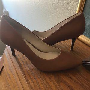 Never worn chic heels